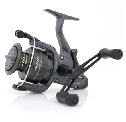 Shimano Baitrunner DL FB Rolle + Deluxe Reel Case (2 Optionen)